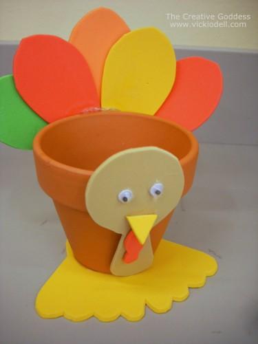 Kids Craft: Turkey Treat Holder