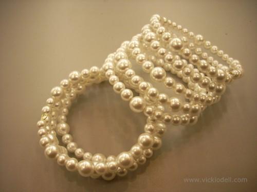 faux pearls, beadalon memory wire