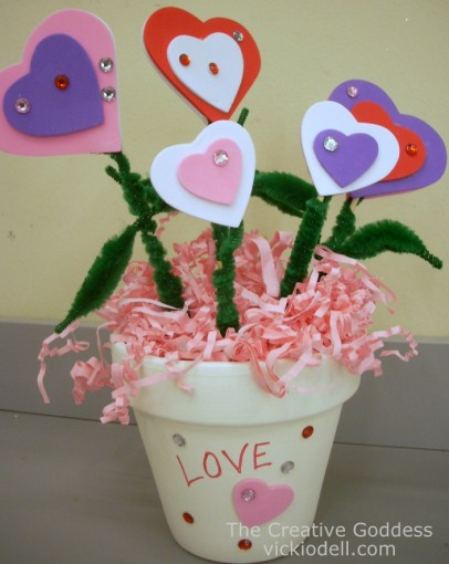Valentine's Day Kids Craft: Love Blooms