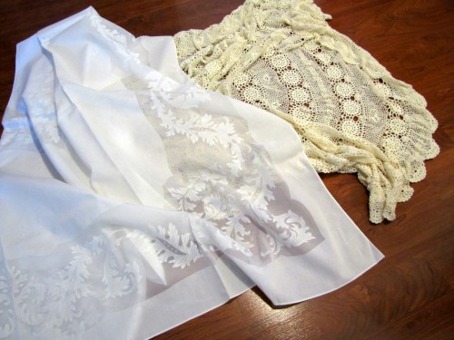 Thrifting Thursday - Table Linens