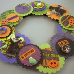 Halloween Crafts: Paper Wreath With LeftOver Supplies