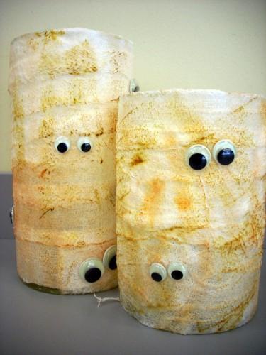 Halloween Crafts: Cylinder Vase Mummies