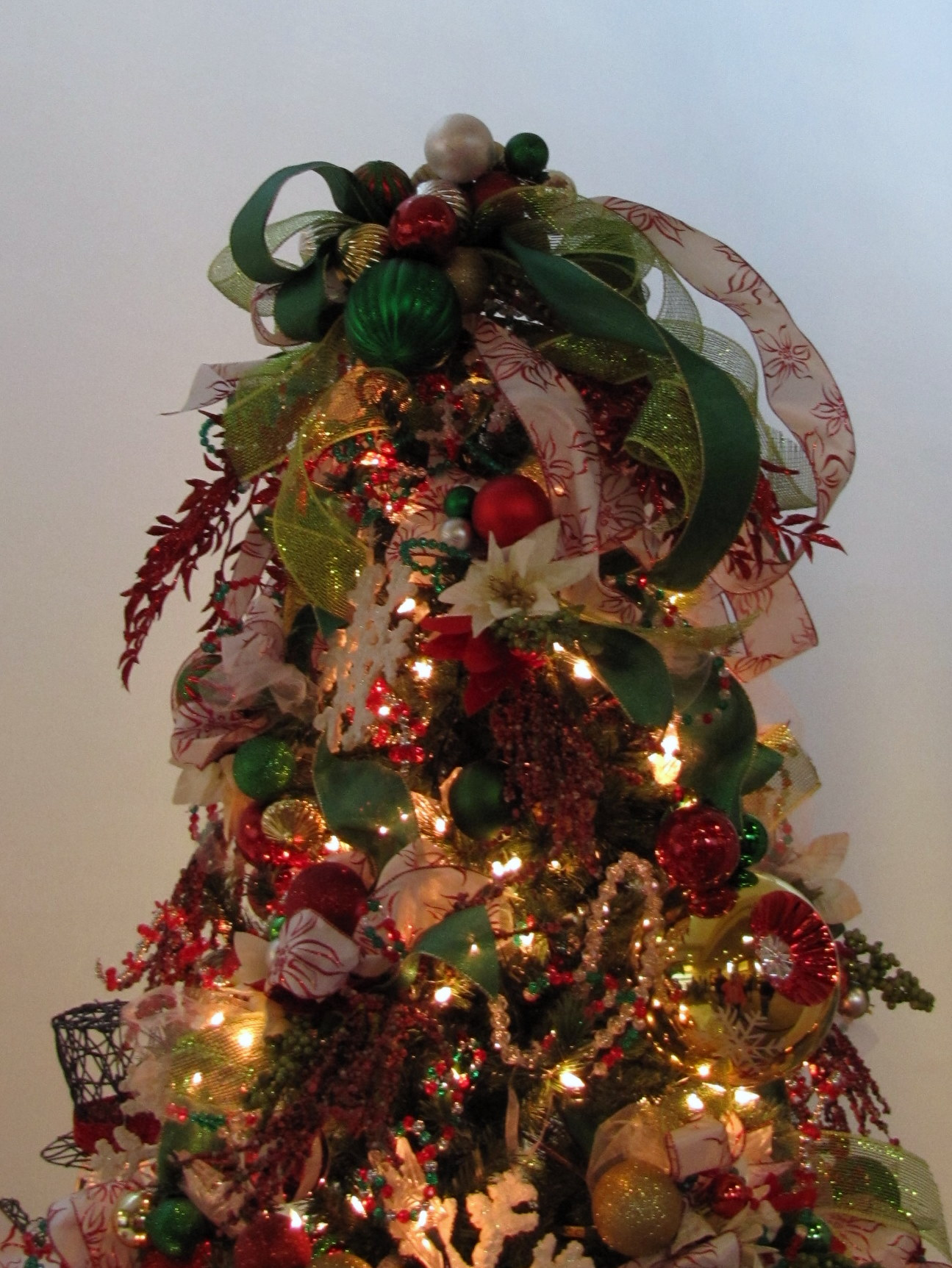 Christmas Tree Topper Inspiration from the Akron Tree Festival – Part 1