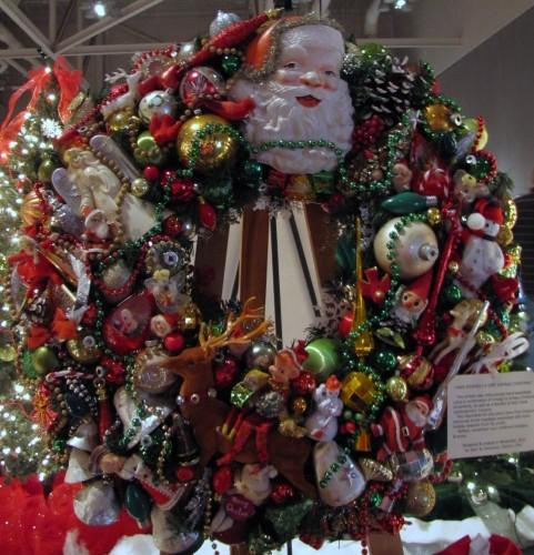 Photo Sunday - A Very Vintage Christmas Wreath
