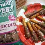 Gifts From the Kitchen: Chocolate Covered Pretzels