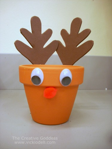 Kids Craft –  Reindeer Treat Holder