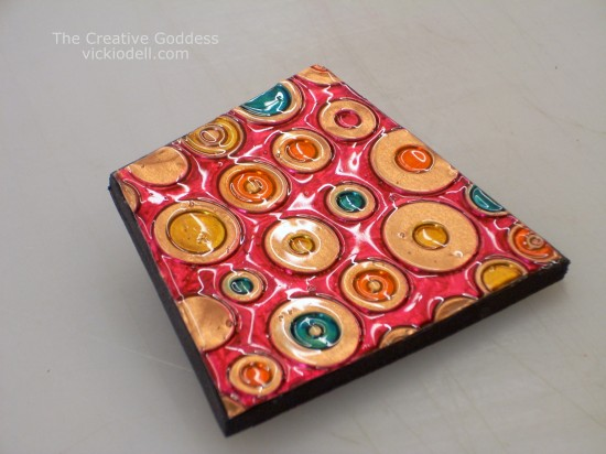 How to Make a Colorful Brooch with the Cuttlebug