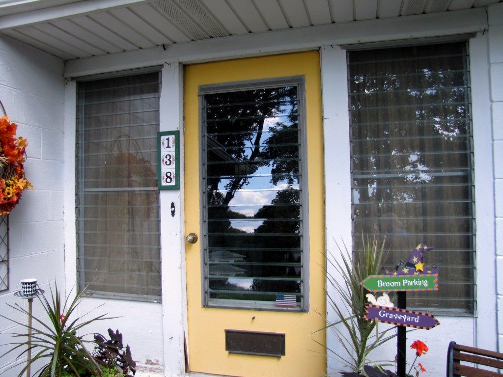 Thrifting Thursday - Front Porch Makeover