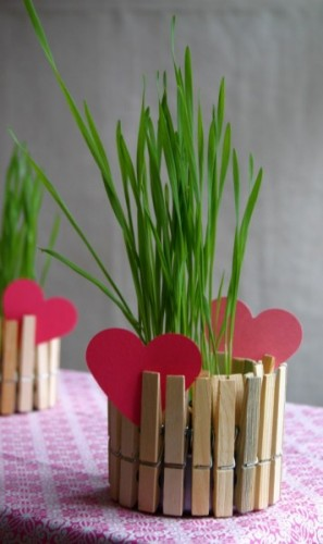 Fabulous Friday – 5 Crafts to Make with Clothes Pins