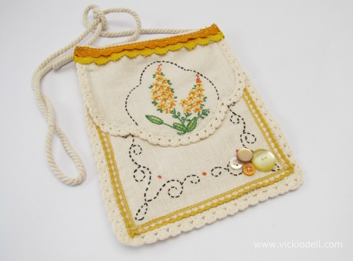 Thrifting Thursday – Embellish a Small Bag with Vintage Needlework