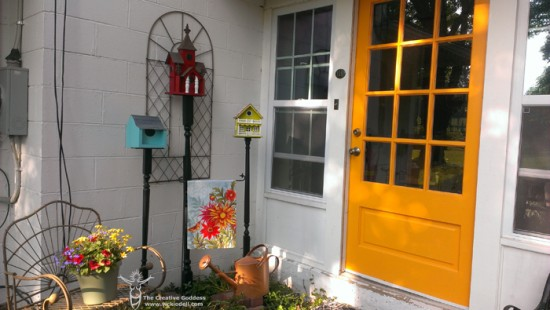 Flea Market Gardening: Bird Houses on Balusters