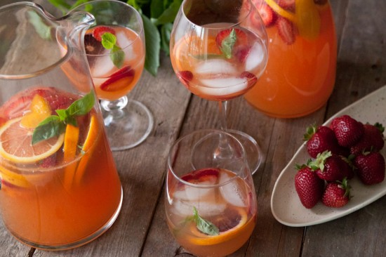 how to make and serve sangria